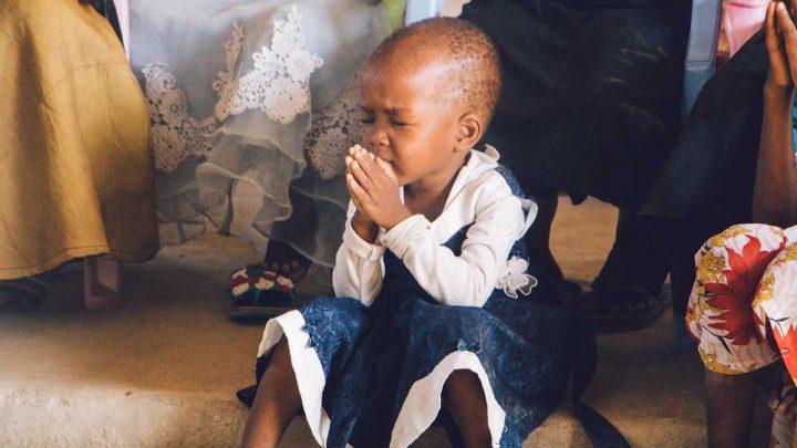 A child praying - Photo by Binti Malu from Pexels
