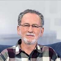 Dr. Cesar Vasconcellos de Souza