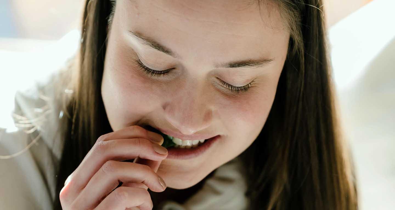 Biliscando sobrecarregue o pâncreas - Photo by Tim Samuel from Pexels